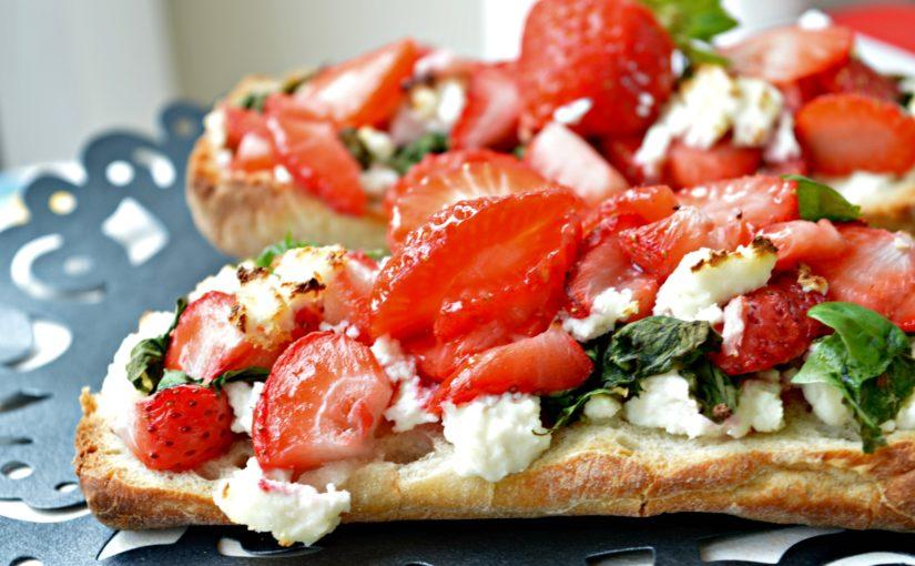 Strawberry Bruschetta with Paneer